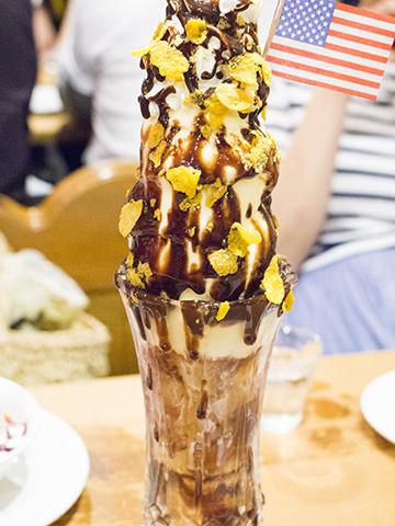 営業時間は「無くなり次第終了」カナリヤで手頃な値段のパフェ!場所は鶴橋