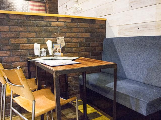 大阪で絶品ハンバーガー!心斎橋の人気店リッチガーデンの中崎町店へ!