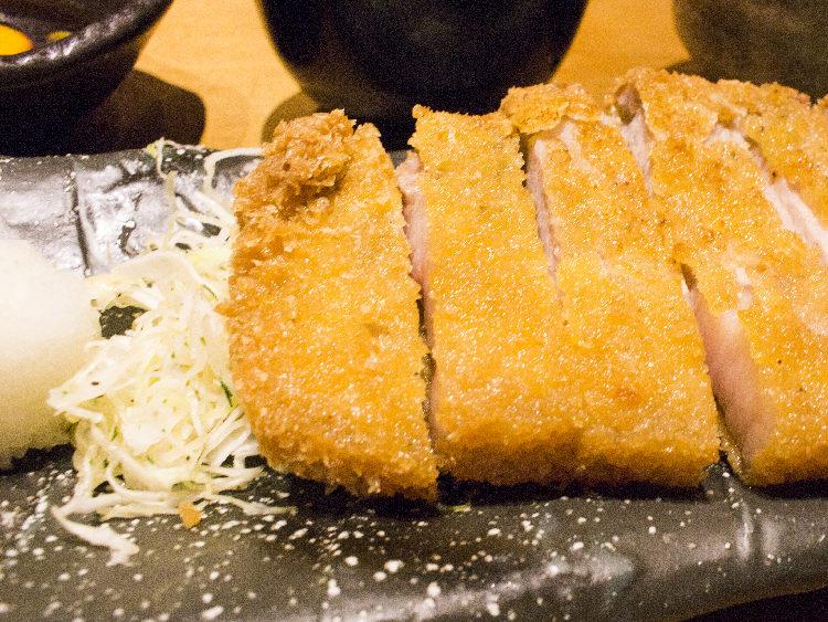 大阪駅前第3ビルのおすすめランチ!ぶためし山ぶたは豚肉専門店