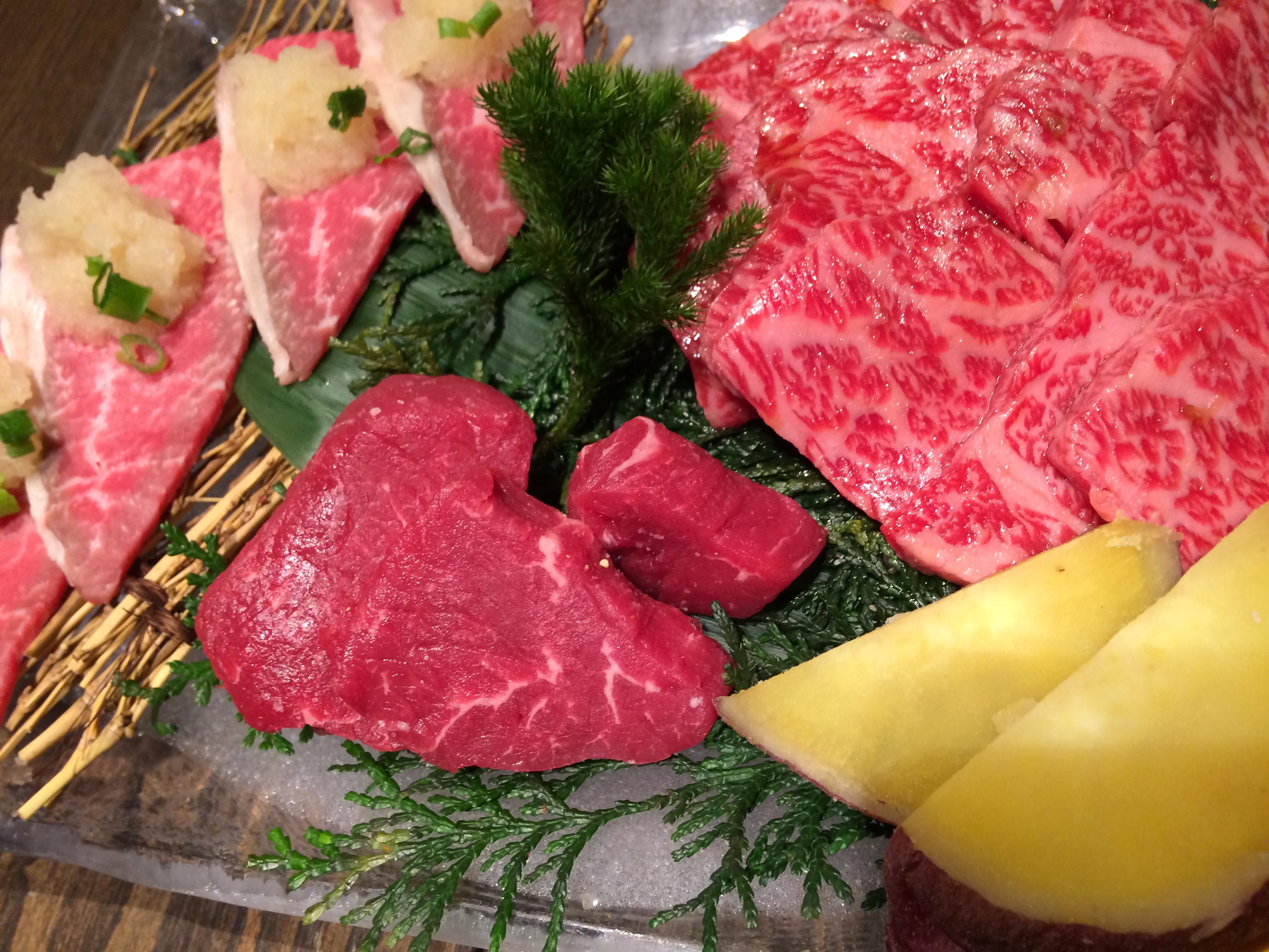 梅田イーマで完全個室でいただける熟成肉の焼肉ランチ「但馬屋」へ!